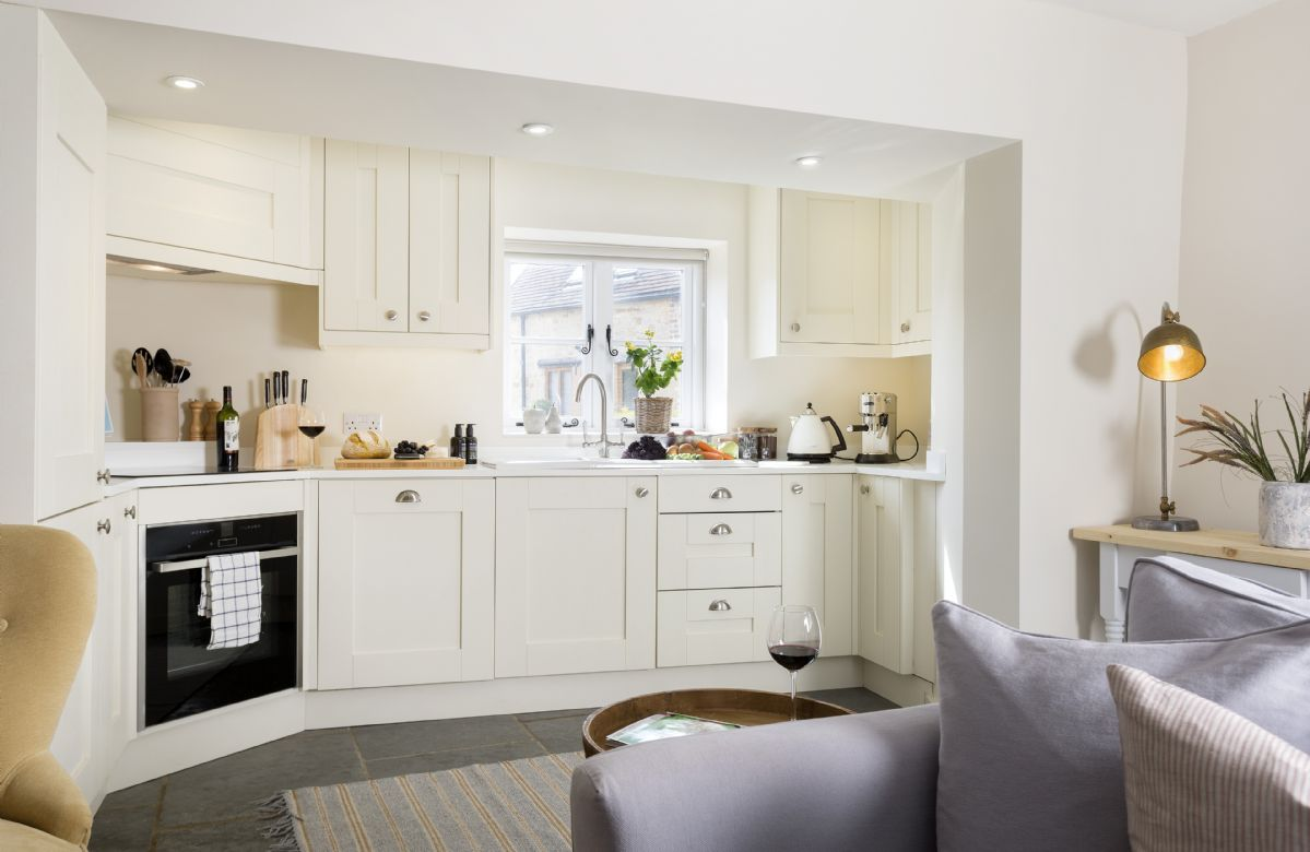 Ground floor: Contemporary style fully fitted kitchen
