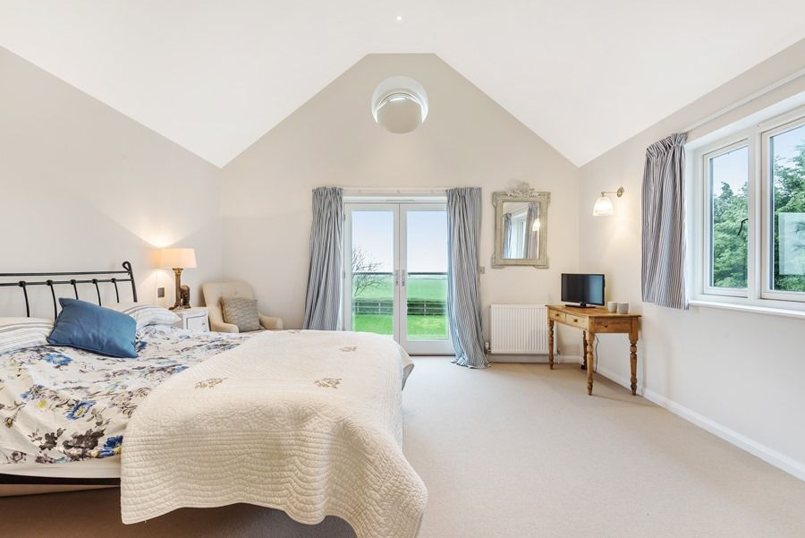 Easterly   Bedroom 1
