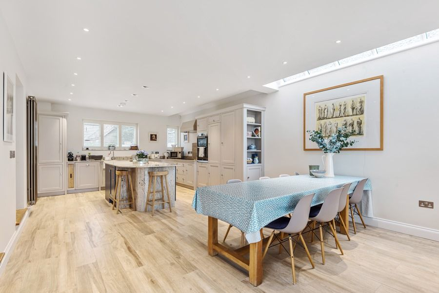 Easterly | Kitchen/dining area