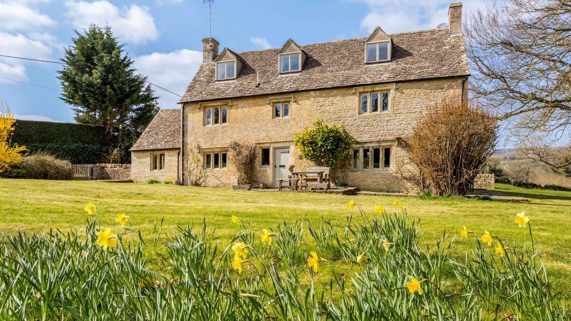 Elm Tree Cottage - StayCotswold
