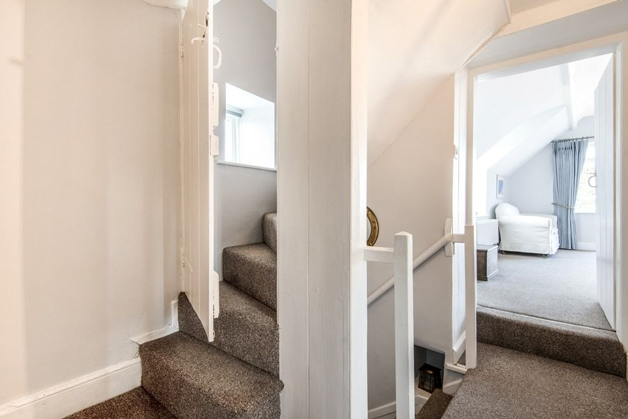 Cobblestones Brancaster Staithe | Stairs to bedroom 3