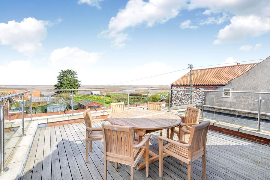 Cobblestones Brancaster Staithe | Decking with fab views