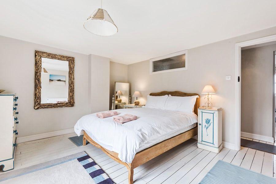 2 School Row   Bedroom 1