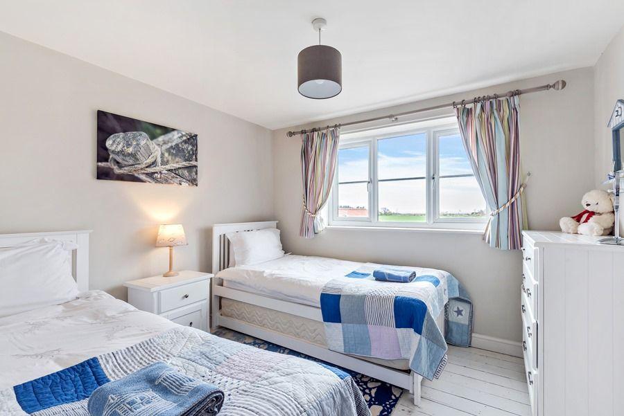 2 School Row   Bedroom 2