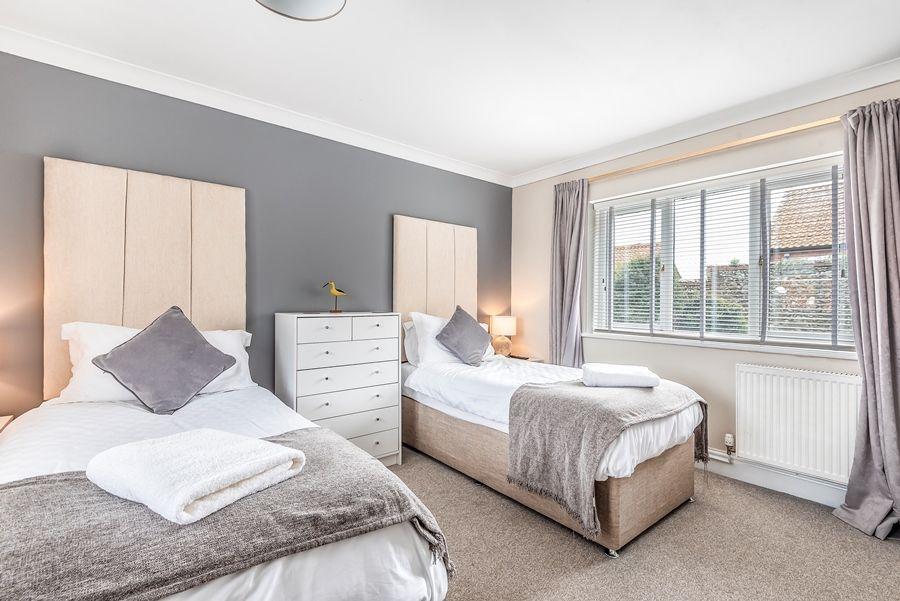 Lapwings | Bedroom 2