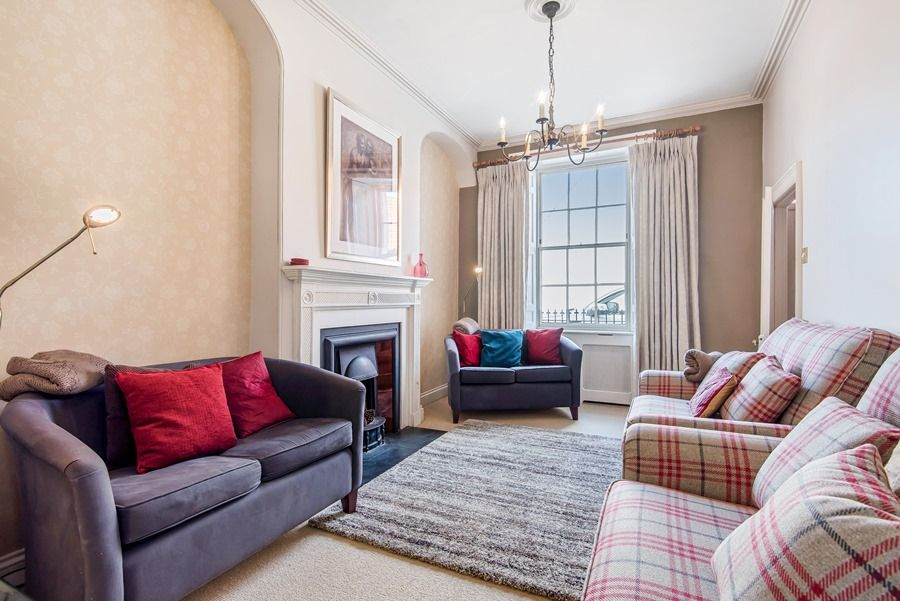 Estcourt House 5 bedrooms | Sitting room