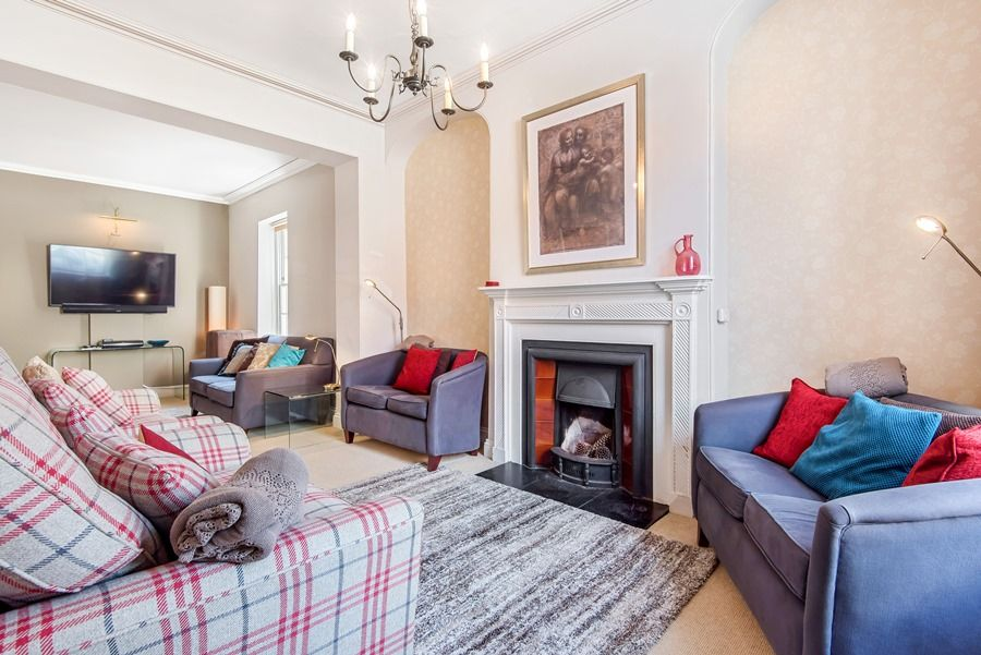 Estcourt House 3 bedrooms | Sitting room