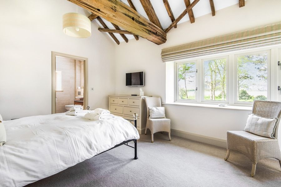 1 Manor Farm Barns | Bedroom 1