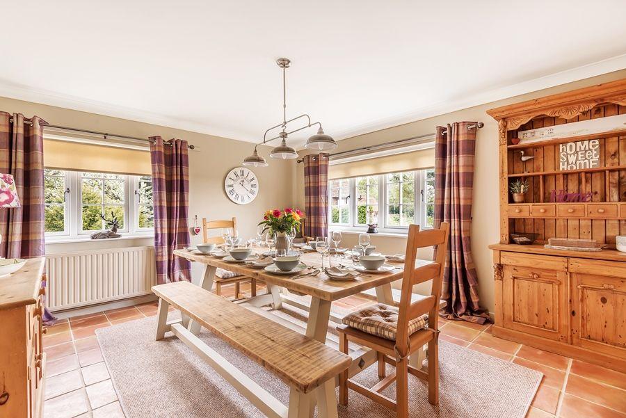 Tucwel | Dining room