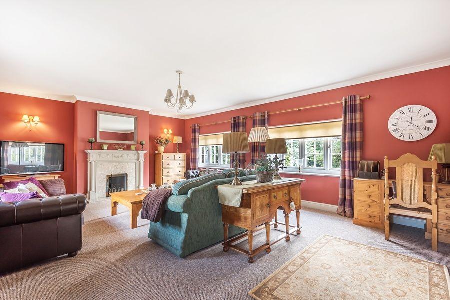 Tucwel | Living room