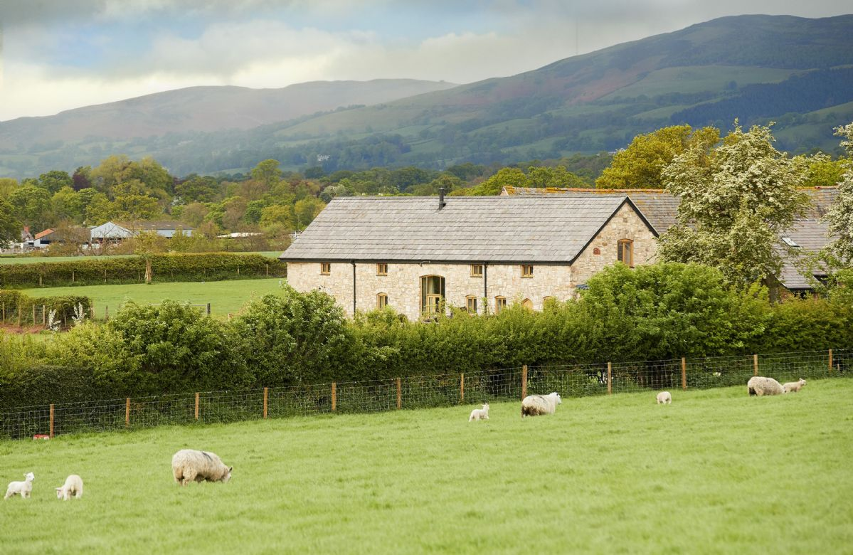 Situated on a historic farm, the cottage is the ideal base to explore North Wales