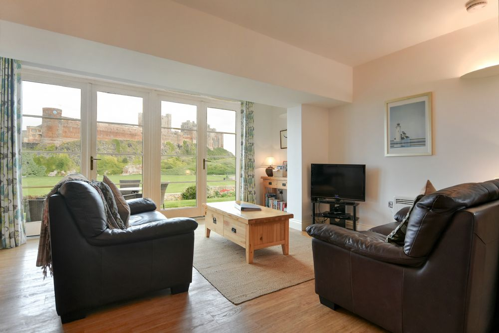 Modern Comfortable And Ious With An Amazing View Of Bamburgh Castle