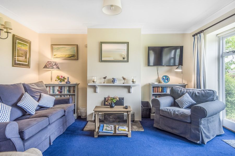 Field Cottage in Burnham Market | Sitting room