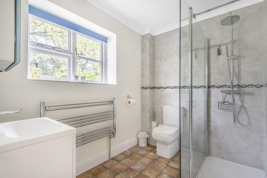 Field Cottage in Burnham Market | Shower room