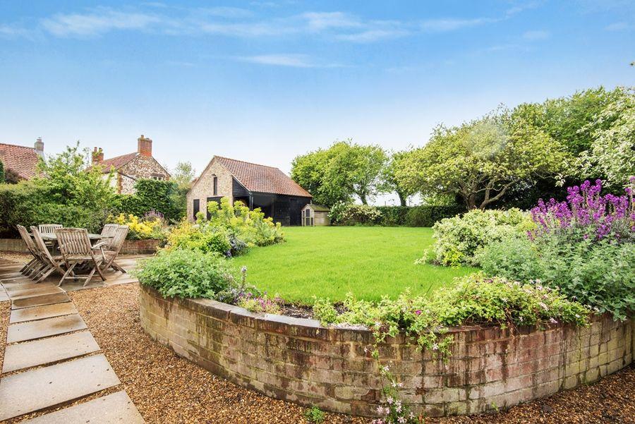 Lavender House | Garden