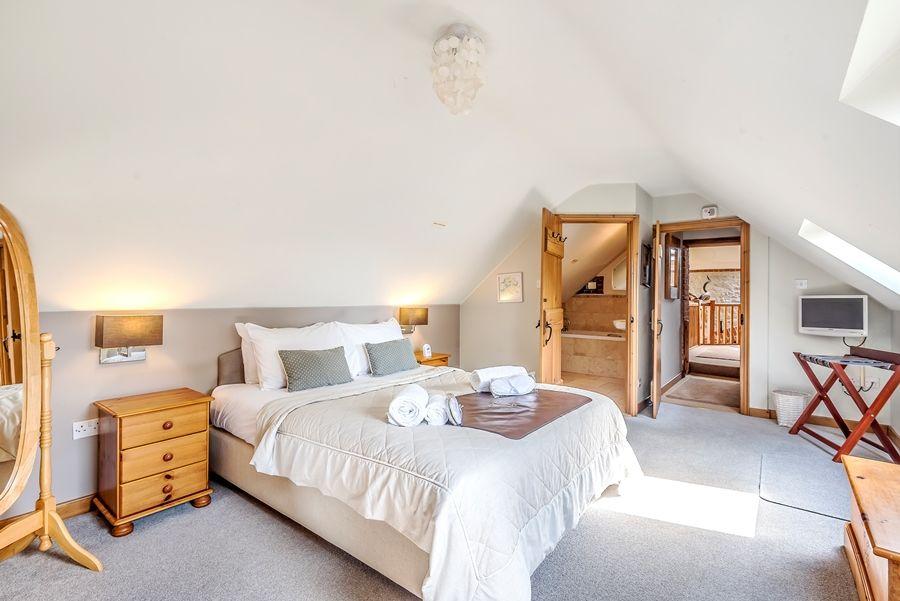 Lavender Barn | Walsingham room