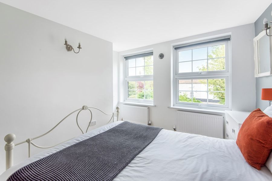 Field Cottage in Docking | Bedroom 1