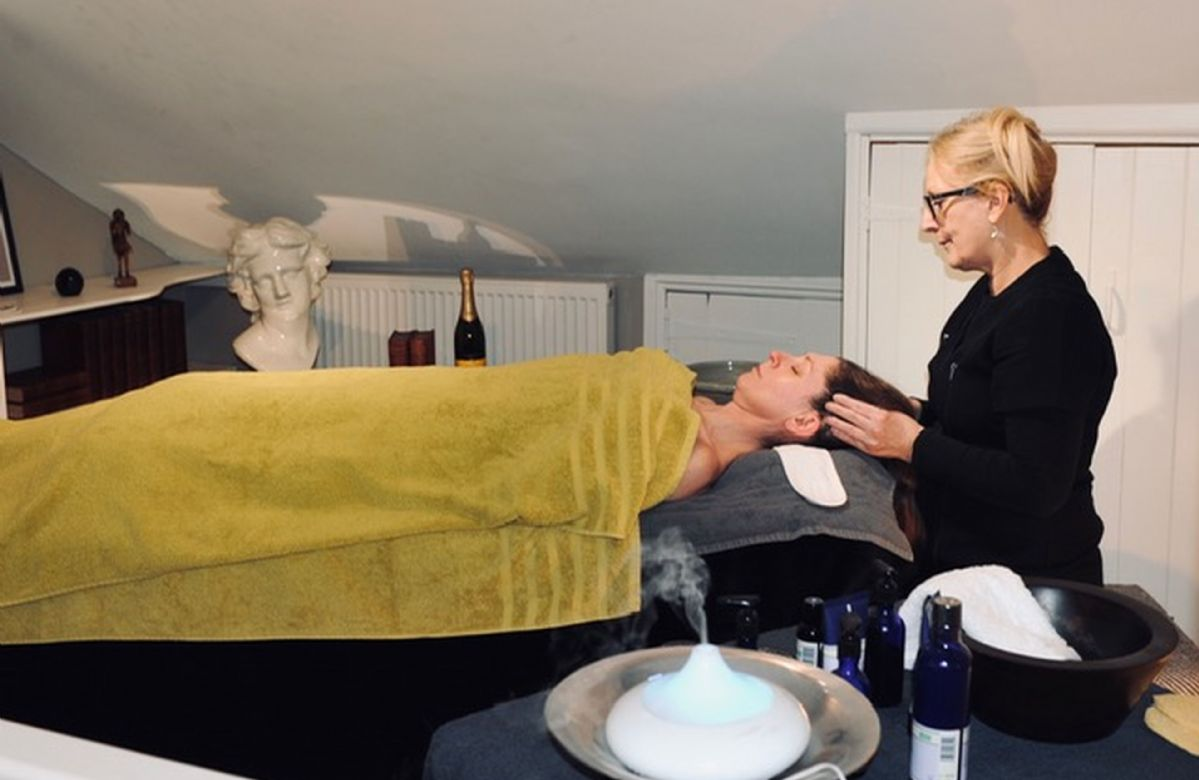 A spa by car mobile beauty, pamper party service by Perfect Pamper