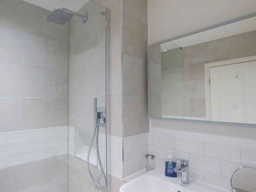3 Monteagle | New shower room