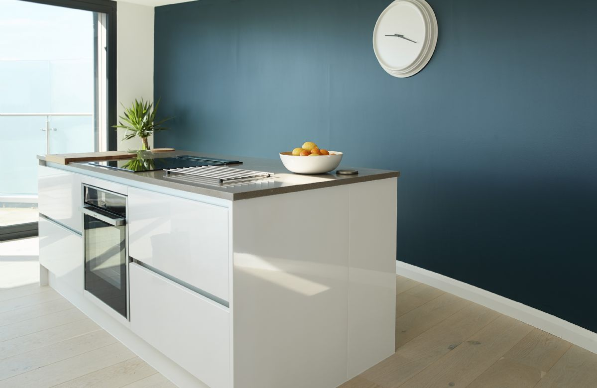 Second floor: Modern and fully equipped kitchen
