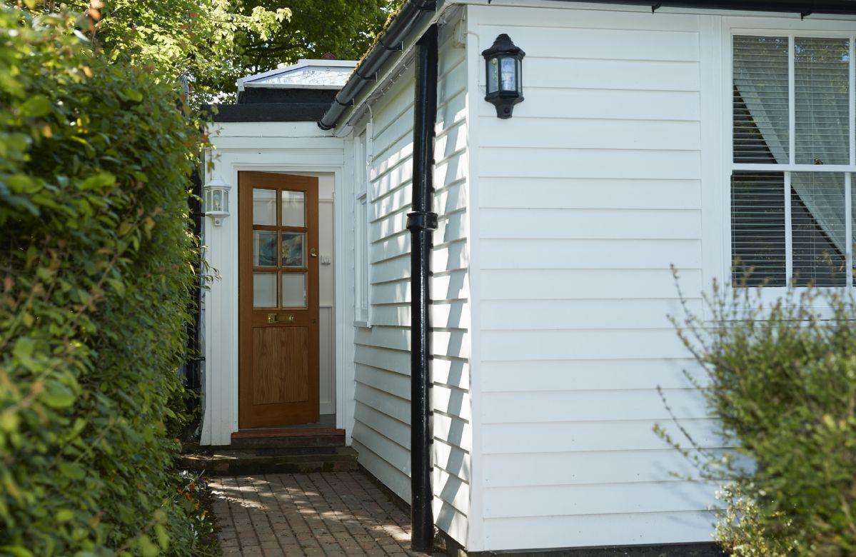Side door access into Tufton Croft