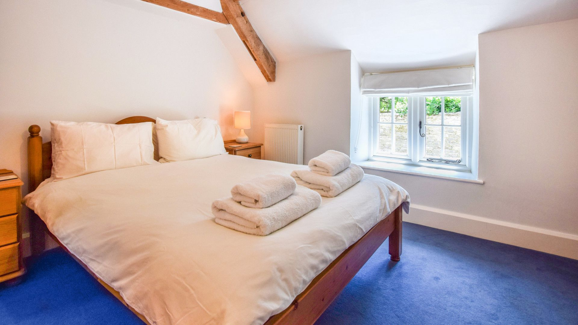 Bedroom 2, Cotswold Cottage, Bolthole Retreats