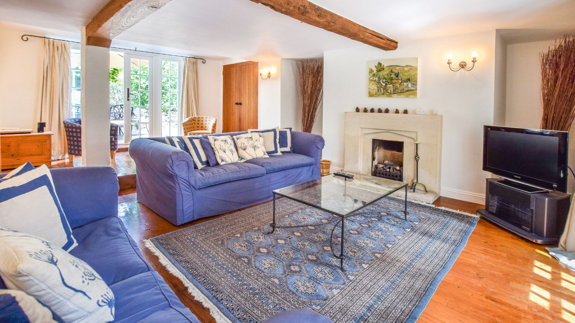 Living Room with gas fire, Cotswold Cottage, Bolthole Retreats