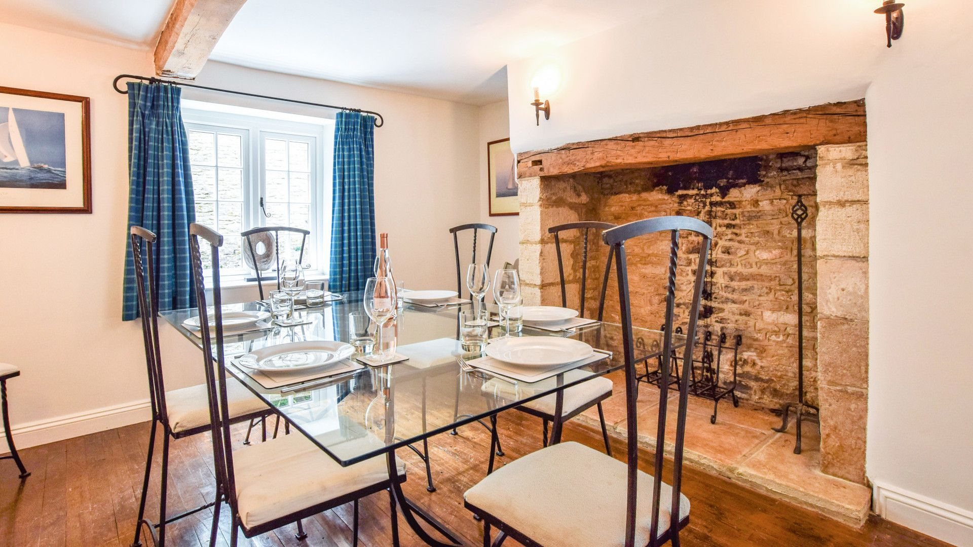 Dining Room, Cotswold Cottage, Bolthole Retreats