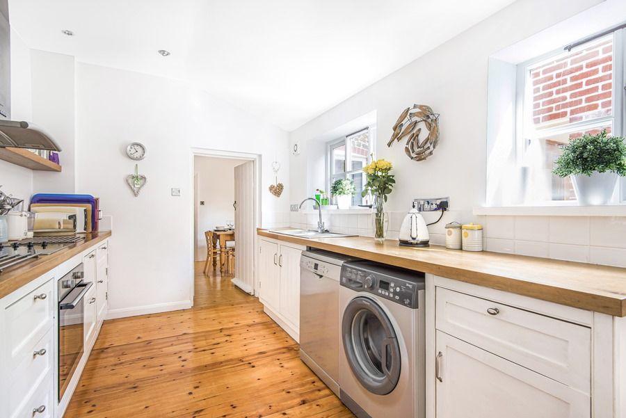 Sybil Cottage | Kitchen