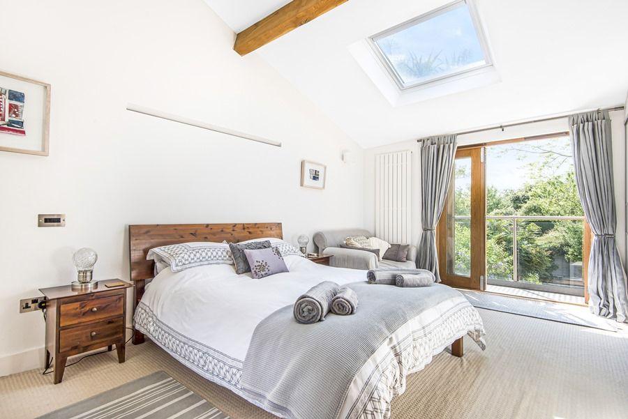Sybil Cottage | Master bedroom