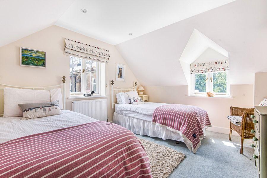 The Manse   Bedroom 3