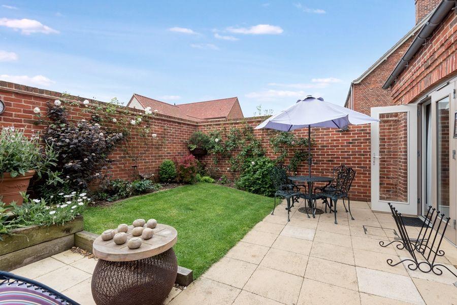 Curlew Cottage | Garden