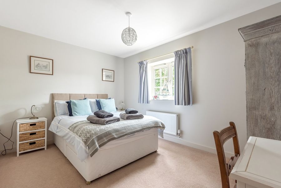 Curlew Cottage | Bedroom 2