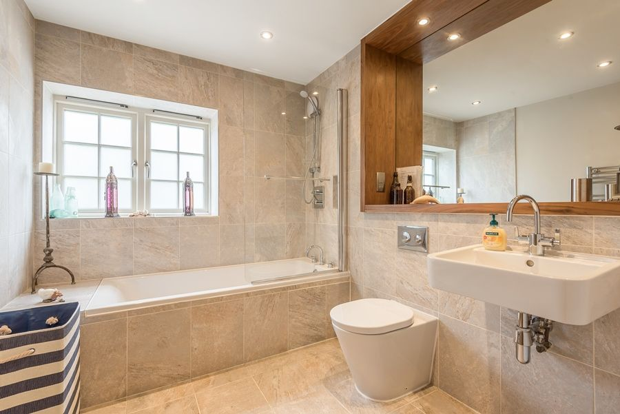 Curlew Cottage | Bathroom