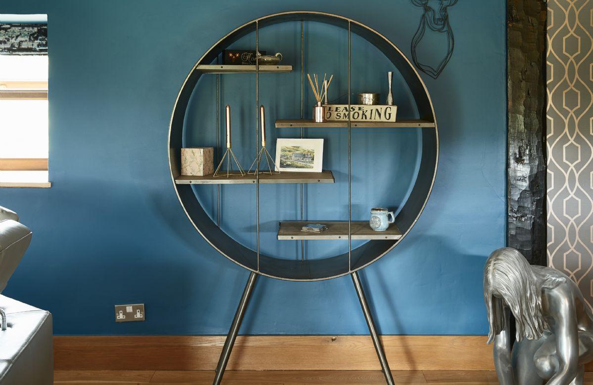 Stylish furnishings throughout Llyn Golygfa