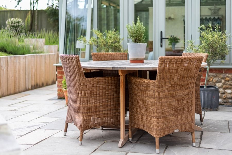 Claremont House | Outside table
