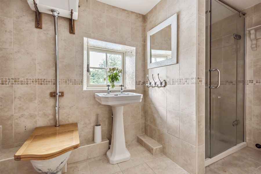Claremont House | Shower room