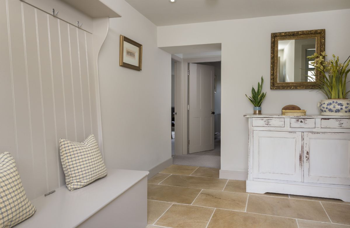 The spacious and bright entrance hallway