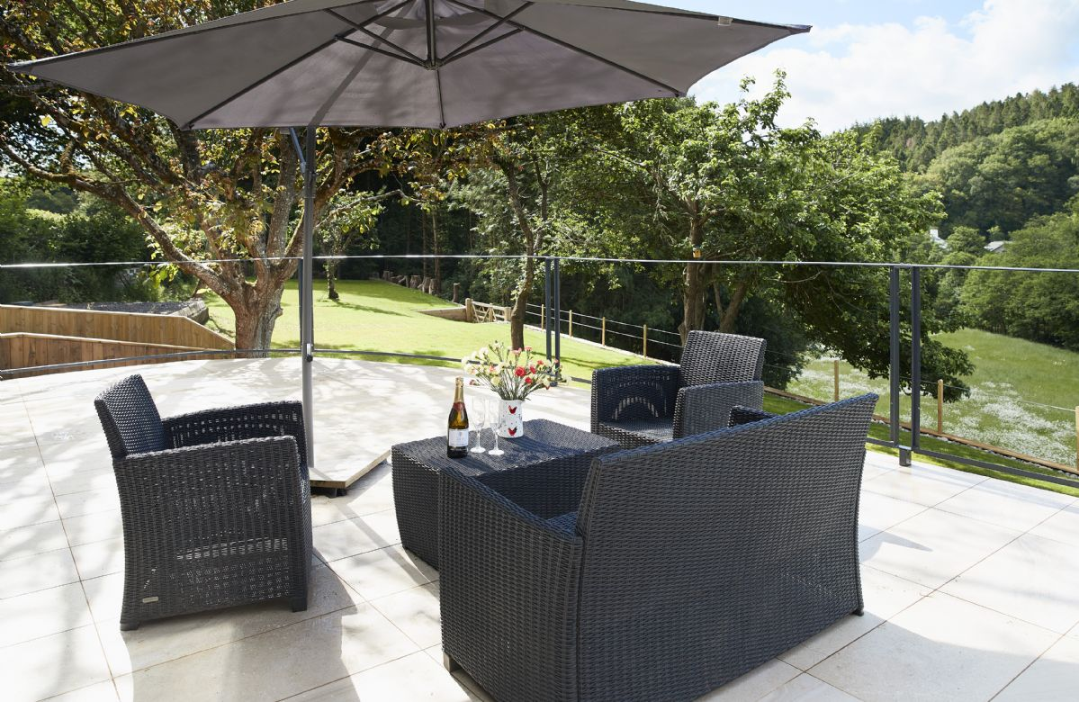 Enjoy relaxing on the elegant garden furniture and taking in the breathtaking views