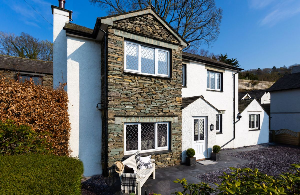 Lexington House is a luxury three bedroom property near Lake Windermere