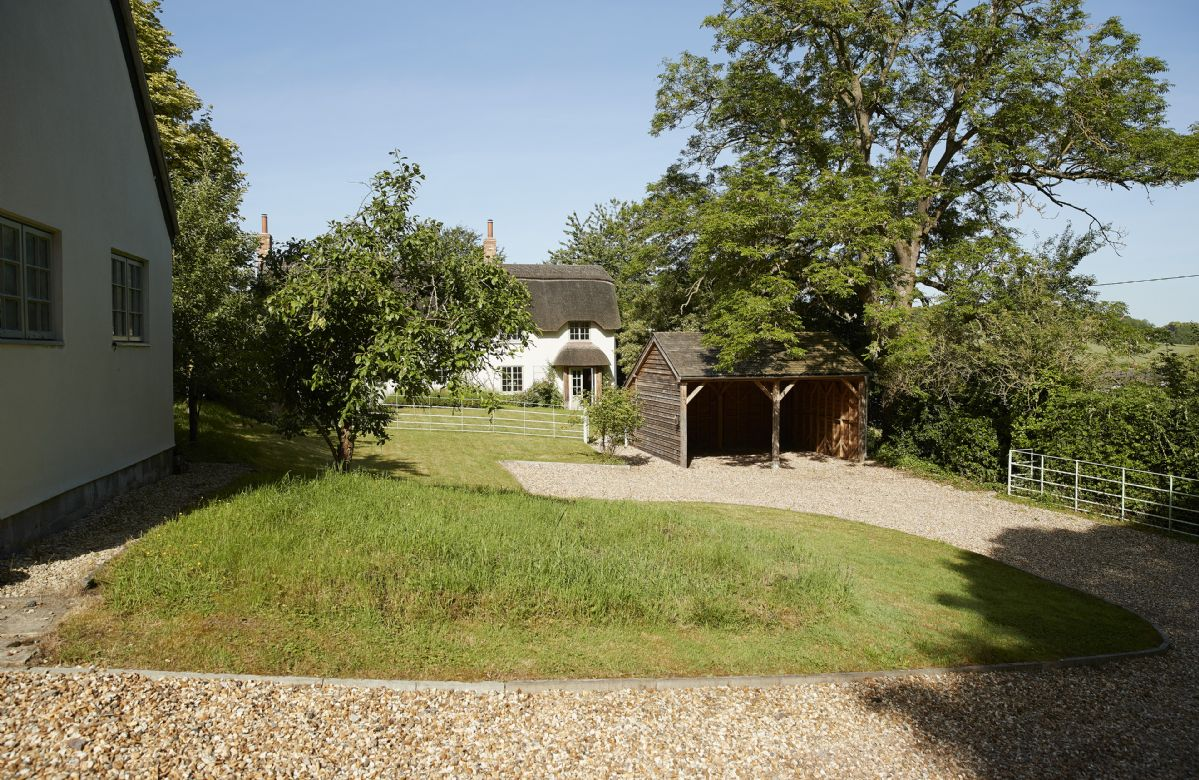 Carters Cottage grounds