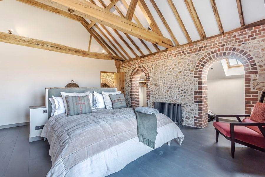 Beacon Hill Barn | Bedroom 1