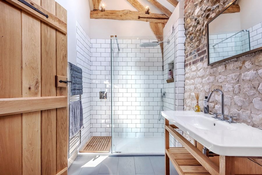 Beacon Hill Barn | Shower room