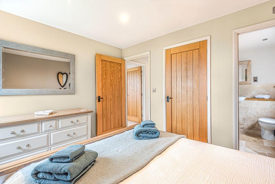 Badgets | Bedroom 1