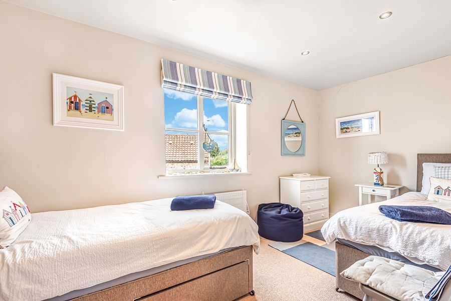 Badgets | Bedroom 4