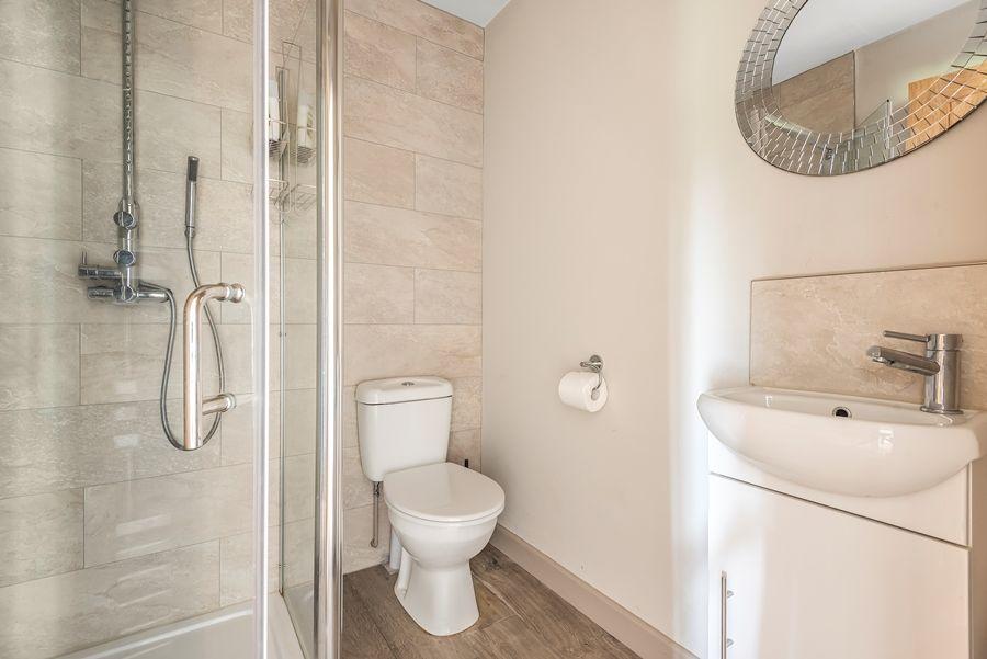 Stranraer | Shower room