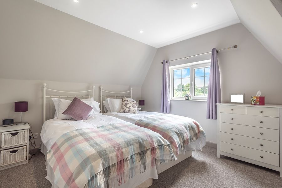 Stranraer | Twin bedroom