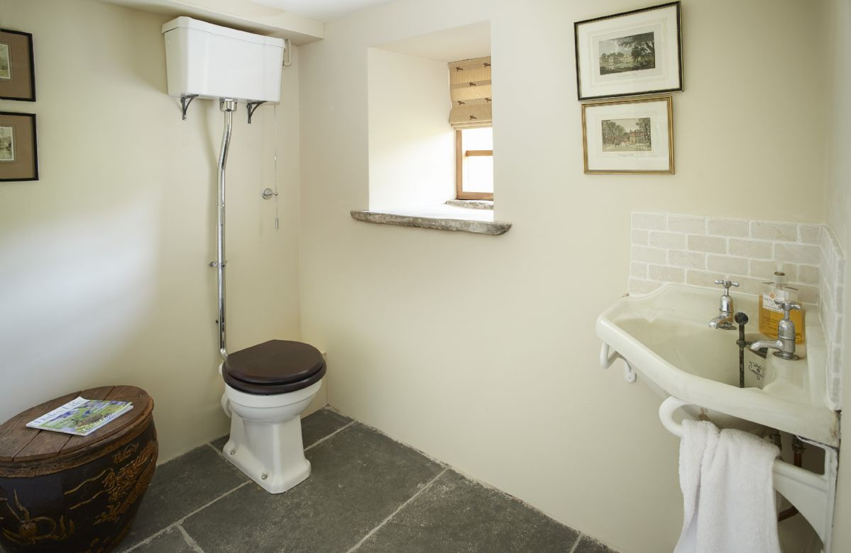 Ground floor: Cloakroom with WC and wash basin