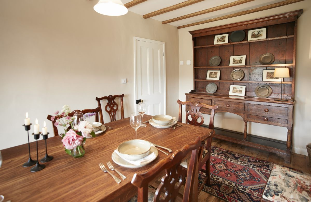 Ground floor: Enjoy good food with friends and family in traditional country style