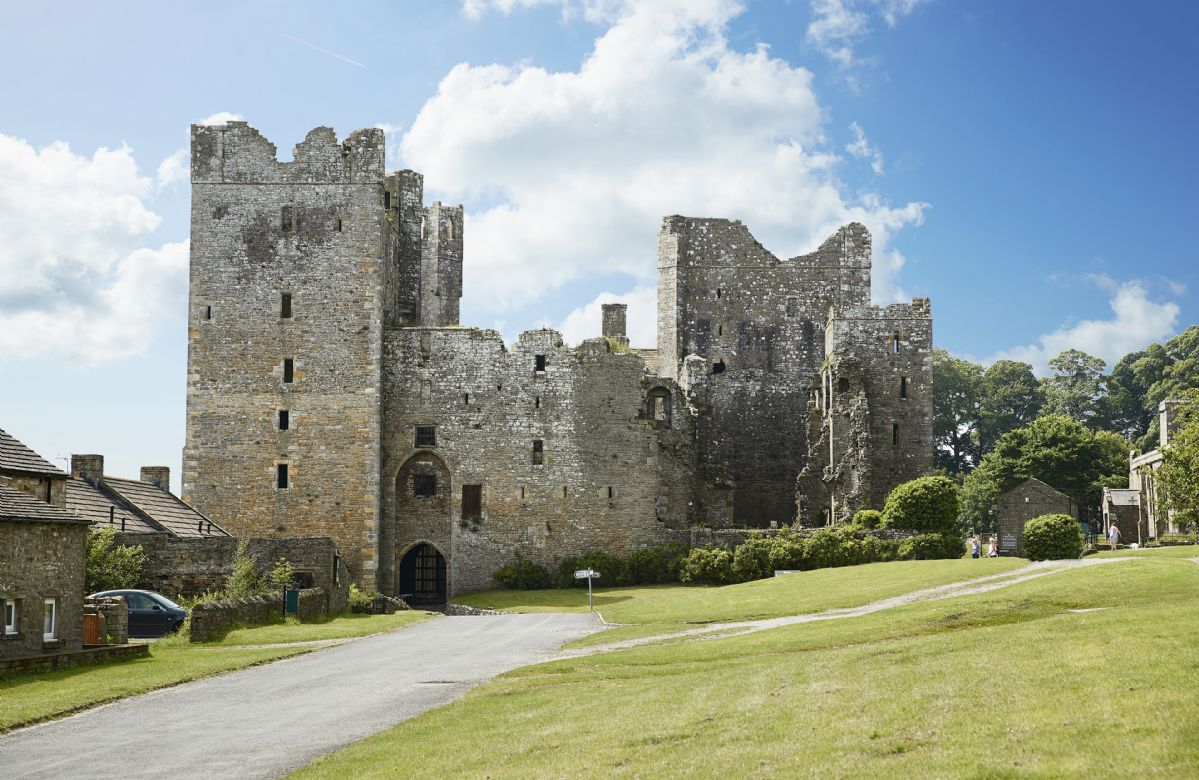 Near Leyburn is Bolton Castle, one of the country's best-preserved medieval castles